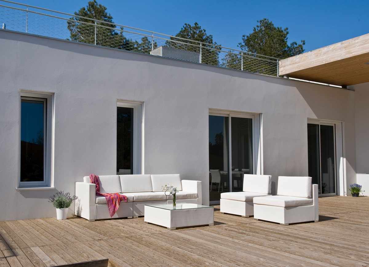 Keep Your Outdoor Furniture Looking New