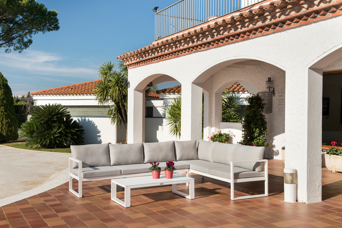 Keep Your Outdoor Furniture