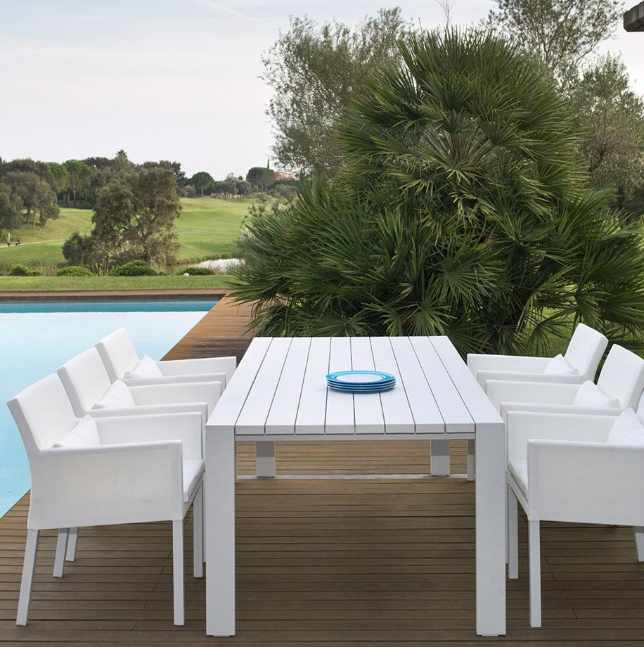 Gardenart outdoor coffee table